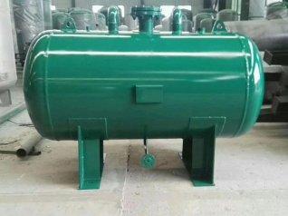 高(gao)壓蒸汽儲氣(qi)罐